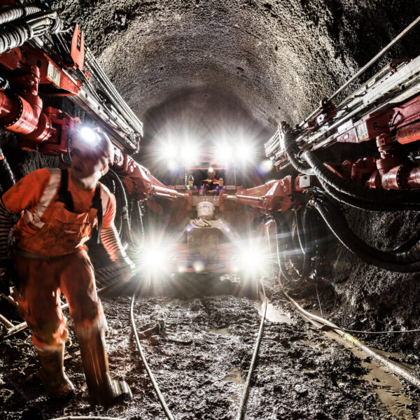 Baustellenfotografie, Frutiger AG, Arbeiter, Imagebilder, Mineure, Tunnelbau; © davidschweizer.ch