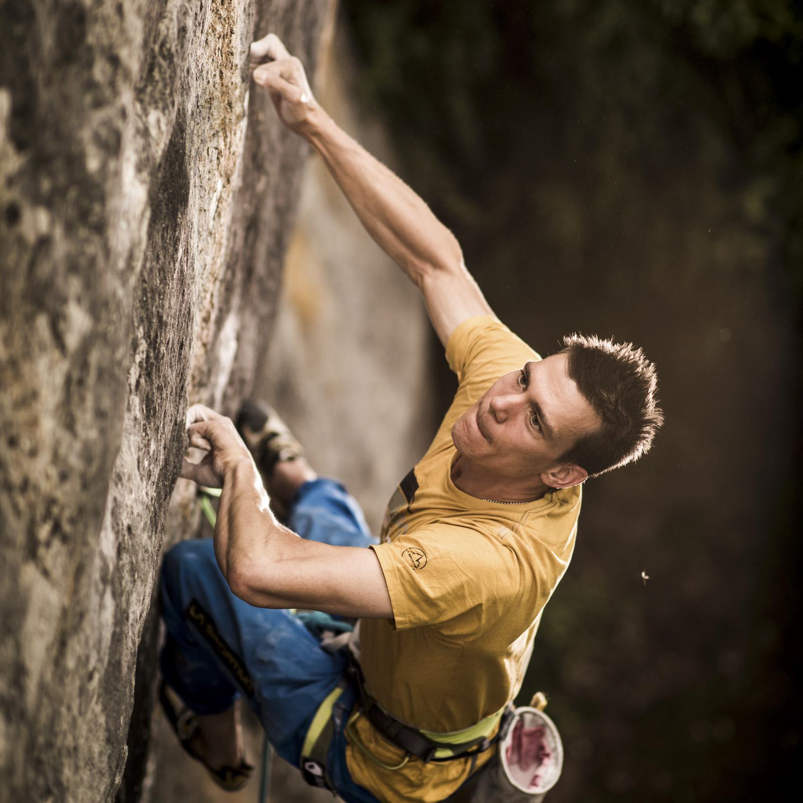 "Klettern, Kevin Hemund, Saint Loup, Route ""Bain de Sang"" 9a, David Schweizer, Climbing, Outdoorfotografie, Sportfotografie"
